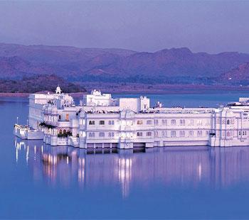 Know Taj Lake Palace Udaipur Wedding Cost